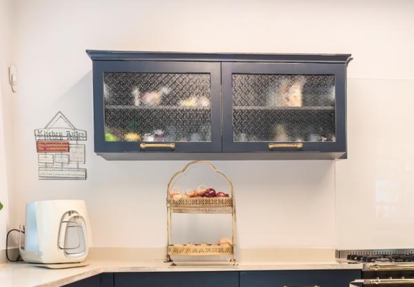 ארון עליון במטבח כפרי לייט