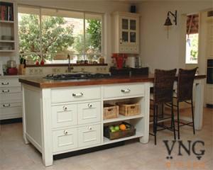 אי במטבח, משטח עבודה עץ