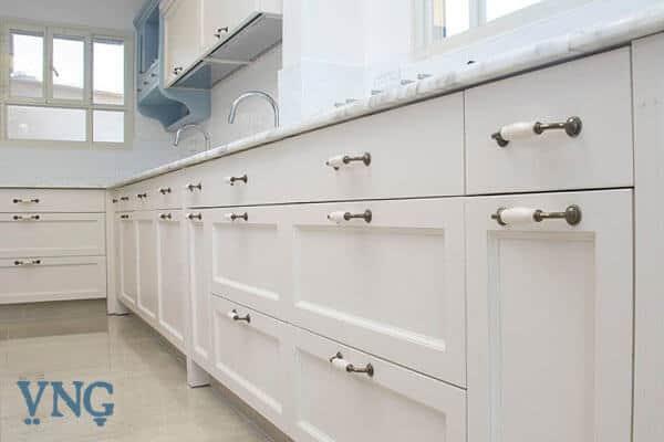 שפע מקומות אחסון במטבח